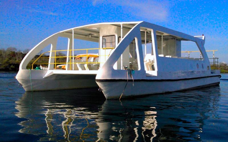 ferry canal itabaca port galapagos ecuador transfer vacations travel tours