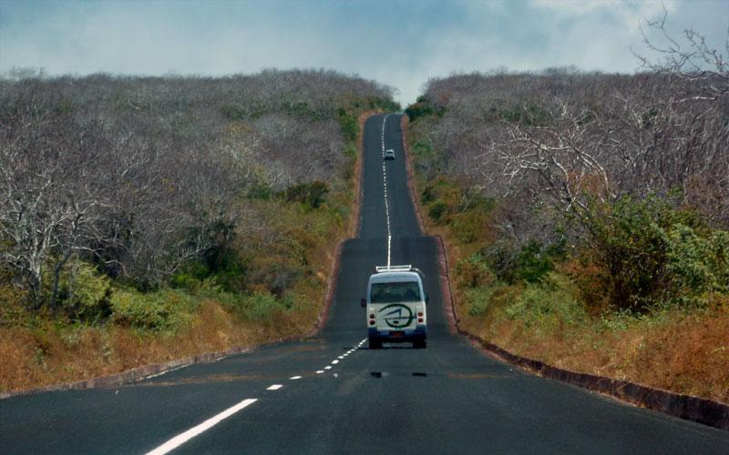 taxi bus airport galapagos ecuador transfer vacations travel tours