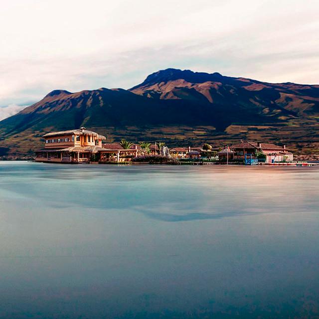 san pablo lake ecuador highlands