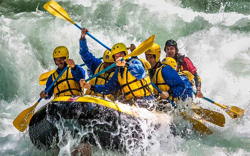 Kayak Ecuador adeventure travel tours extreme sports