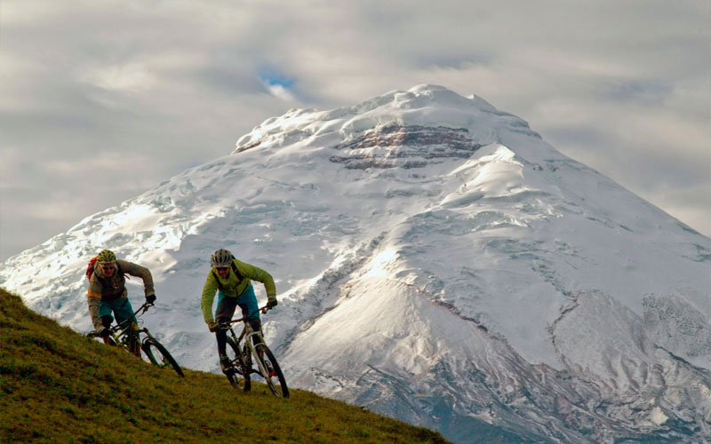 extreme sports ecuador adventure travel