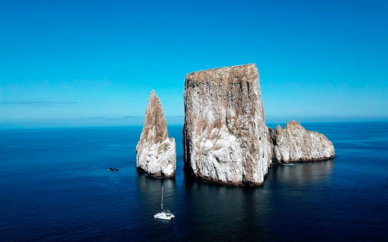 kicker rock warm season best time galapagos sky summer vacation travel summer winter ecuador galapagos islands