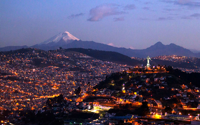 quito cotopaxi volcanoes ecuador vacations perfect place summer galapagos islands landscape ecuador.