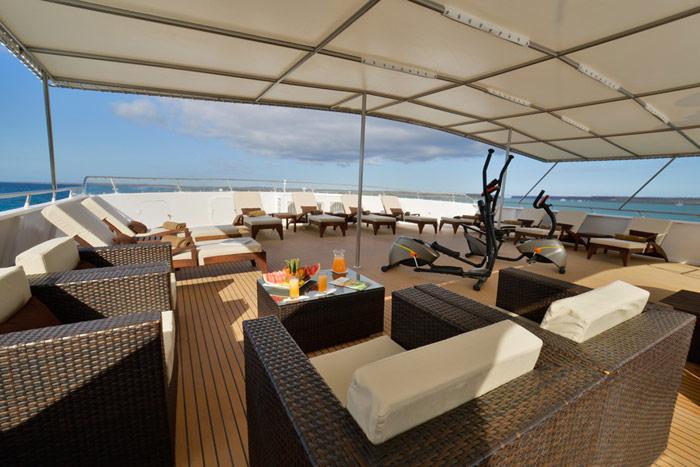 Luxury Catamaran Celebrity Xploration Athala